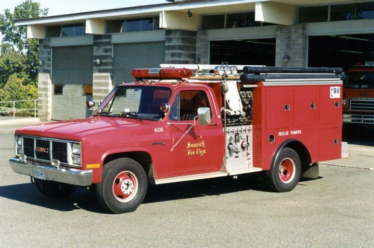 Saanich Fire Dept small pumper