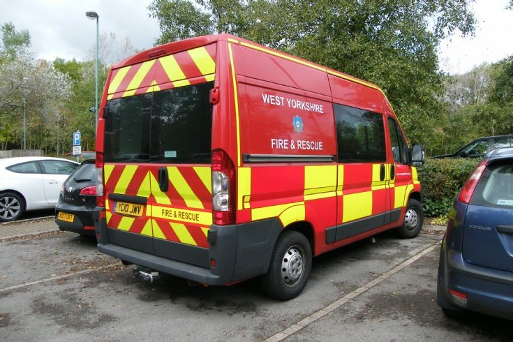 West Yorkshire Fire & Rescue Service YC10JWV