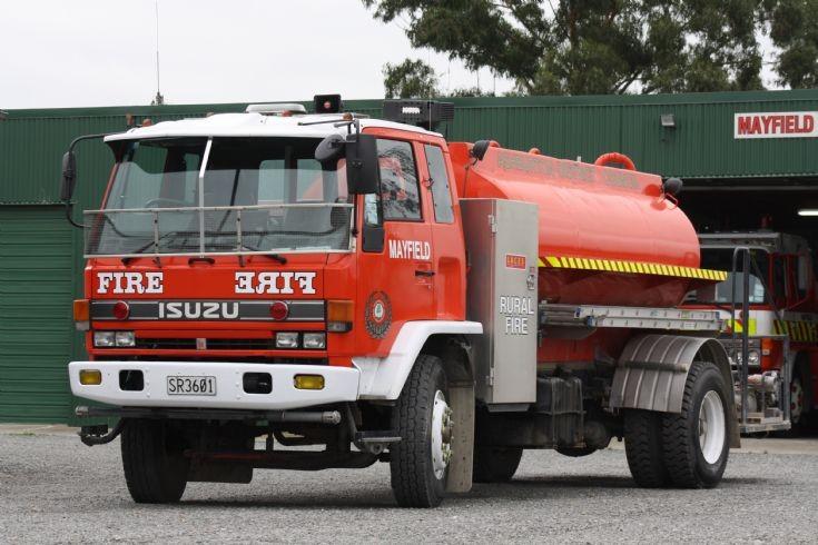 New Zealand Isuzu - SR3601