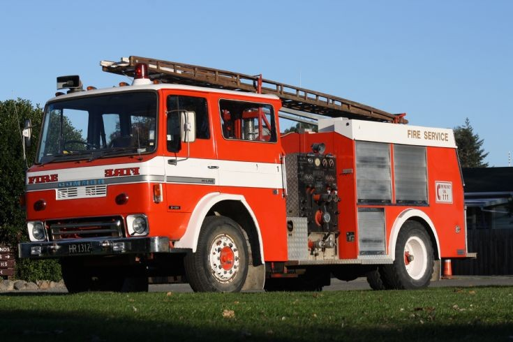 New Zealand Commer - HR1312