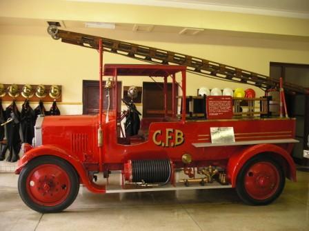 1923 Hotchkiss fire truck