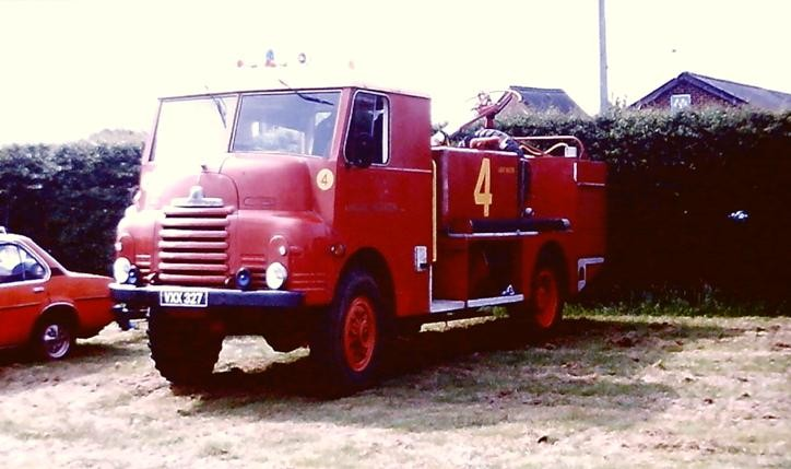 VXX 327 Bedford RL/Home Office ACT