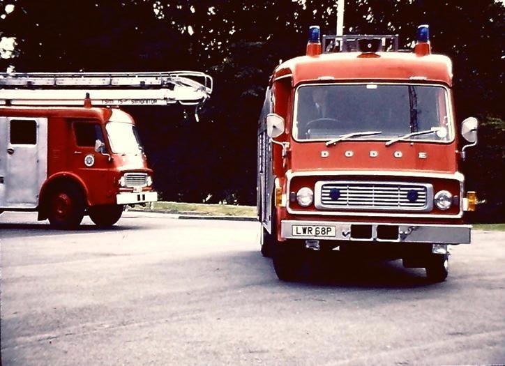VWR676L DodgeK/Jennings TSM15 Simonitor W Yorks