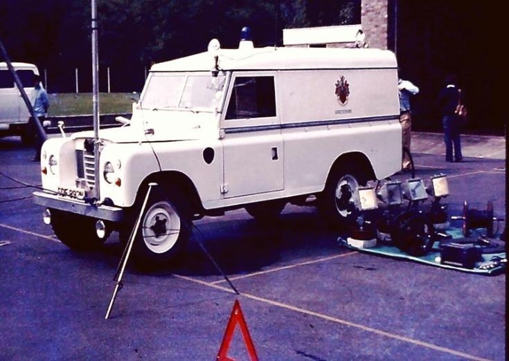 SDF892N Land Rover 109/Gloucs RT