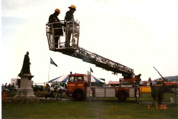 East Sussex FRS MAN turntable ladder
