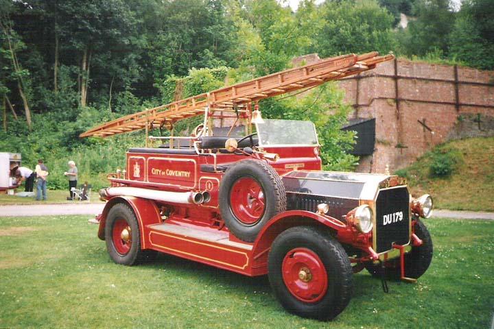 1914 Dennis N-Type Braidwood Body Fire Engine.