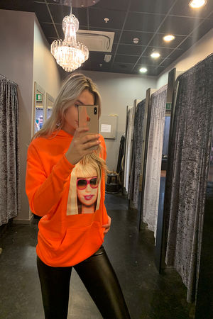 PHOTO HOODIE LONG NEON ORANGE