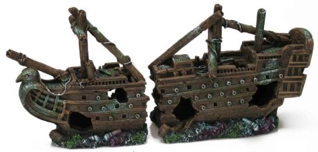 Large Galleon Shipwreck (40 x 10 x 19 cm)