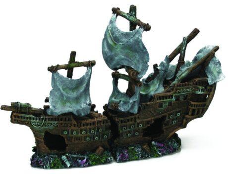 Small Galleon Shipwreck With Sails (25 x 10.5 x 17 cm)