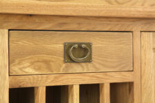 Va27 Drawer Close Up 1441895177