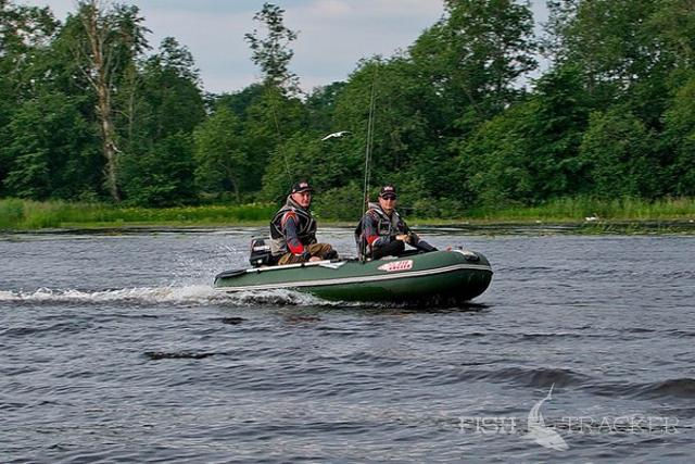 Река Плюсса в Ленинградской обалсти выходим к метсу ловли окуня