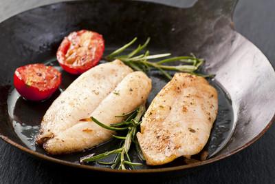 Pangasius mit Tomaten-Polenta