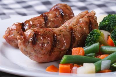 Brokkoli mit Salsiccia und Schafskäse