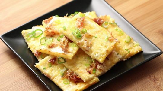 Recipe: Low Carb  tarte flambée