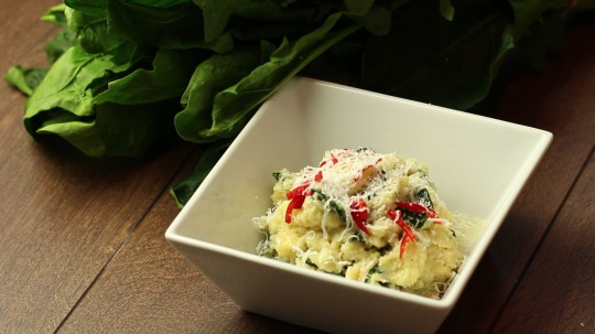 Recipe: Low Carb Cauliflower risotto with spinach