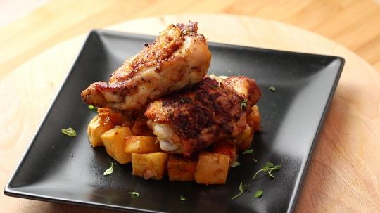 Rezept: Low Carb Paprika-Hähnchenschenkel