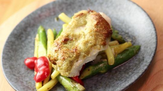 Rezept: Low Carb Backfisch mit goldener Kruste