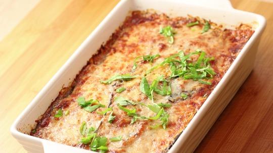 Rezept: Low Carb Lasagne aus Aubergine und Ricotta Käse