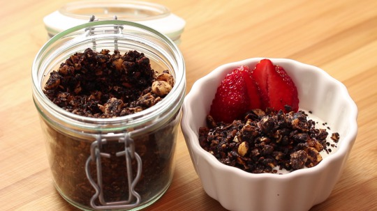 Rezept: Chocolate hazelnut granola