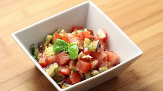 Rezept: Auberginen-Tomaten Salat