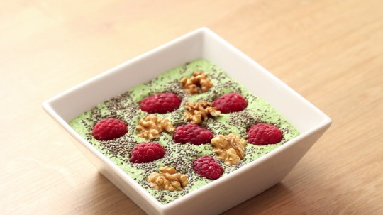 Rezept: Low Carb Green Smoothie Bowl