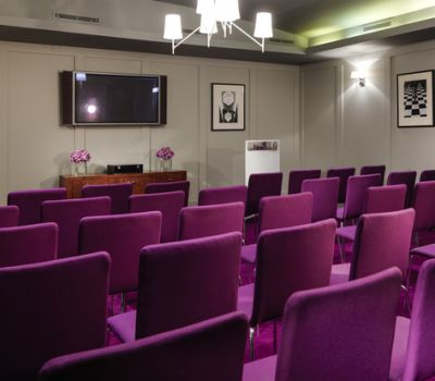 Pembroke Meeting Room