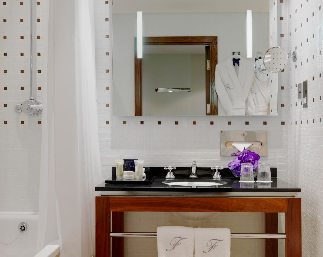 Signature Guest Bathroom