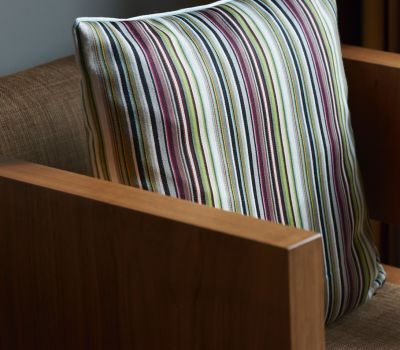 Guestroom Throne Chairs