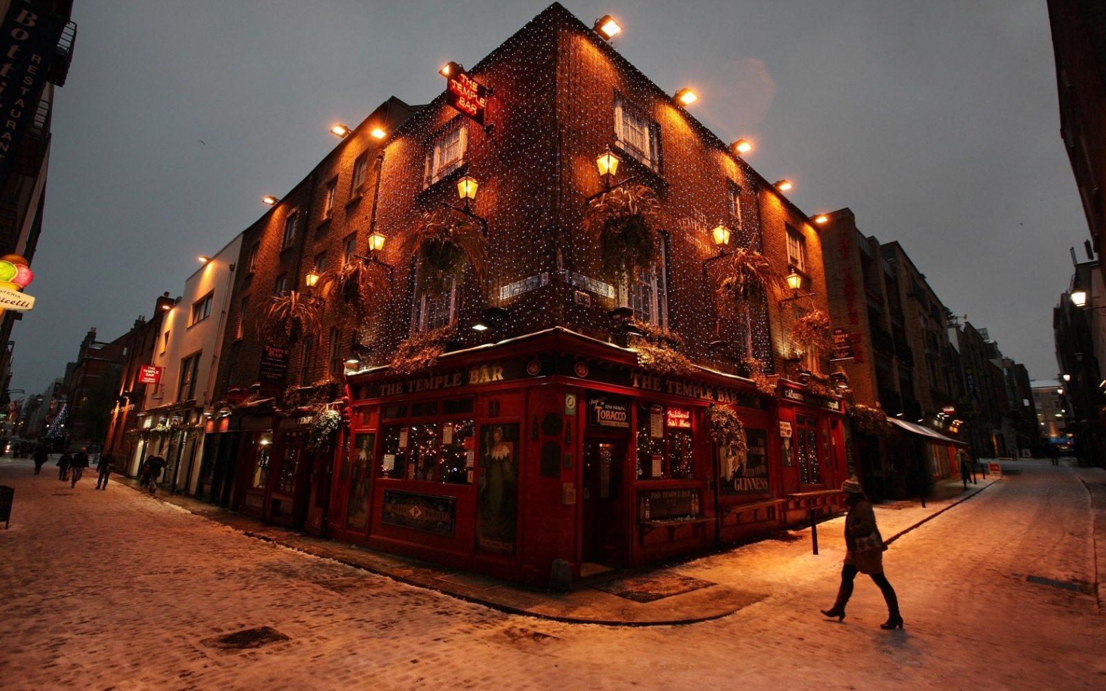 Temple Bar in December