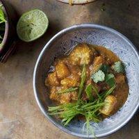 Curry di pesce e mango