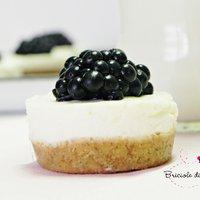 Pasticcini cheesecake alle more