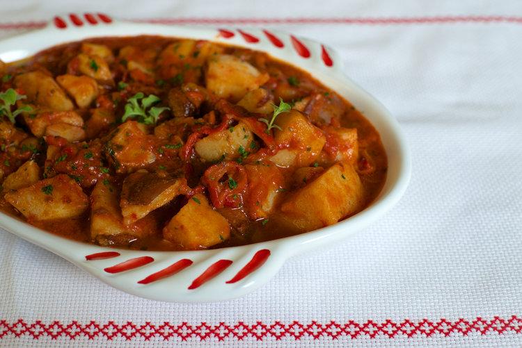 Baccalà con patate turchesa e peperoni