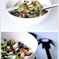 Insalata di ceci neri e zucchine