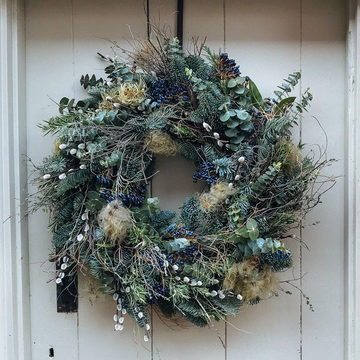 Floom Bramble Wild Green Wreath 2