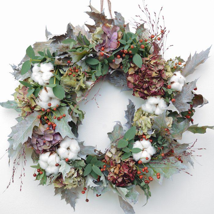 Floom Floys Flowers Cotton Wreath 1