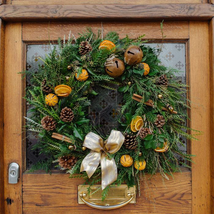 Floom Herbert Isles Christmas Wreath Orange 2