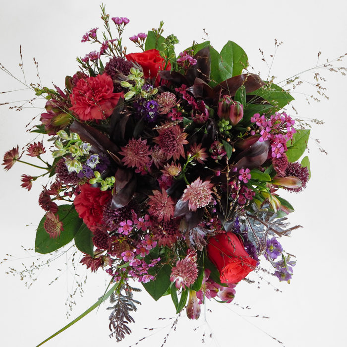Floom Mad Lillies Bouquet Red Astrantia 2