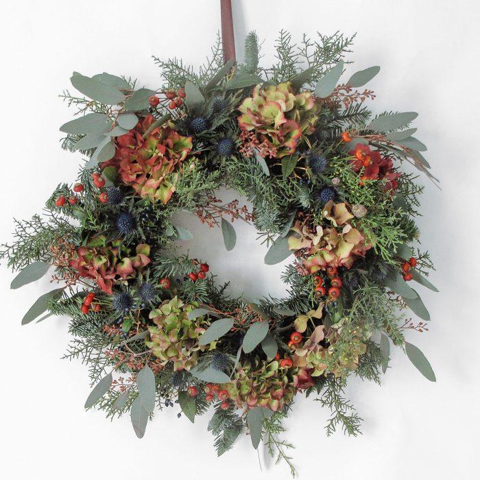 Floom Megan Lily Christmas Wreath Hydrangea 1