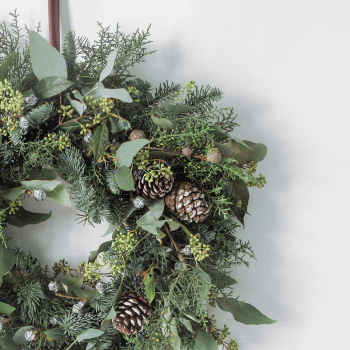 Floom Megan Lily Christmas Wreath Pine 3