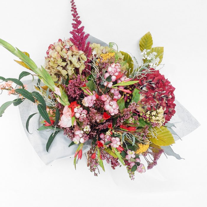 Floom Serendipity Botanist Hydrangea Hypericum 2