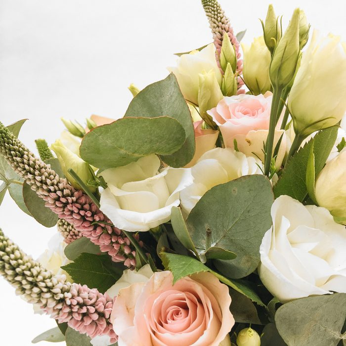 Floom With Fairest Flowers Pink Small Bouquet 4