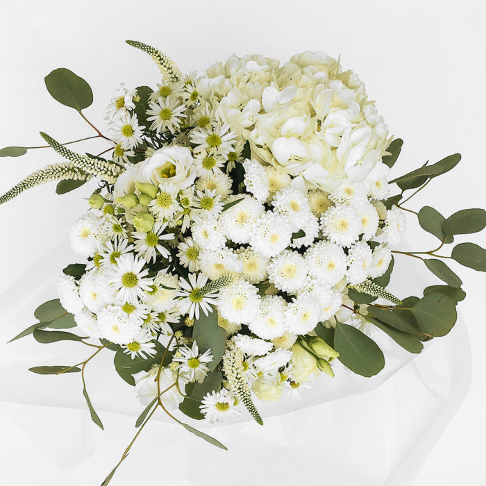 Floom With Fairest Flowers White Big Bouquet 2