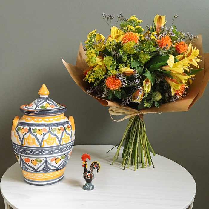 Floom With Fairest Flowers Yellow Bouquet 3