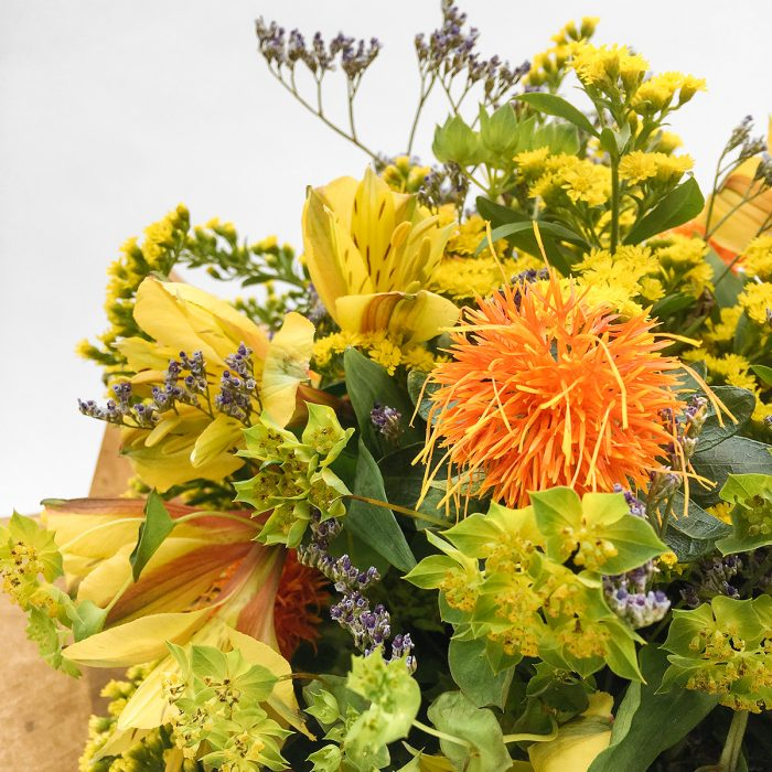 Floom With Fairest Flowers Yellow Bouquet 4