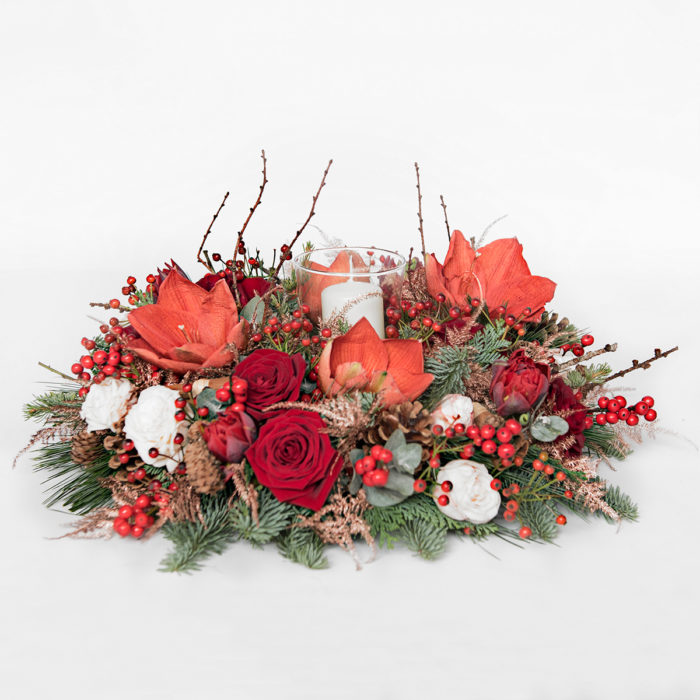 Floom Your London Florist Christmas Table Wreath 1