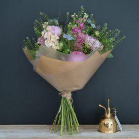 Floom Botanique Workshop Pink Bouquet 2