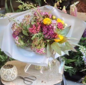 Floom Serendipity Botanist Ranunculus Sweet William 3
