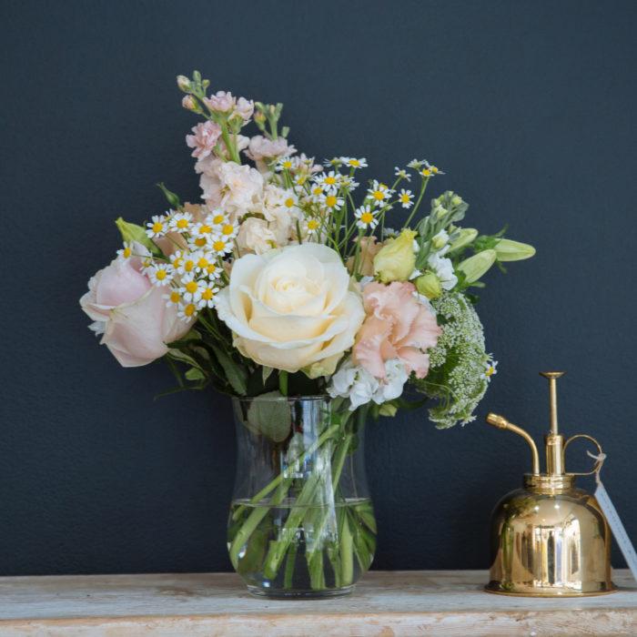 Floom Botanique Workshop Peach Vase 2