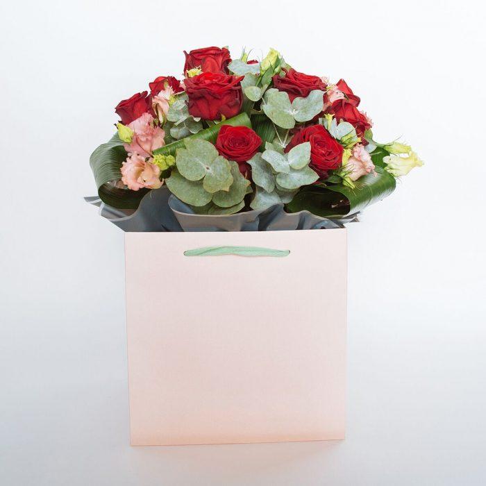 Floom Jamie Aston Rose Lisianthus 1