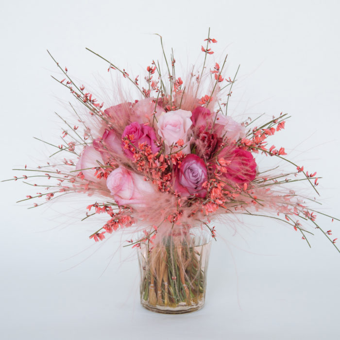 Floom Zita Elze Bouquet Pink Fluffy 1